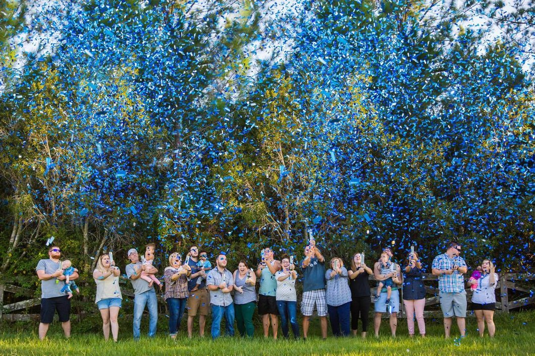 Blue-Confetti-Cannons